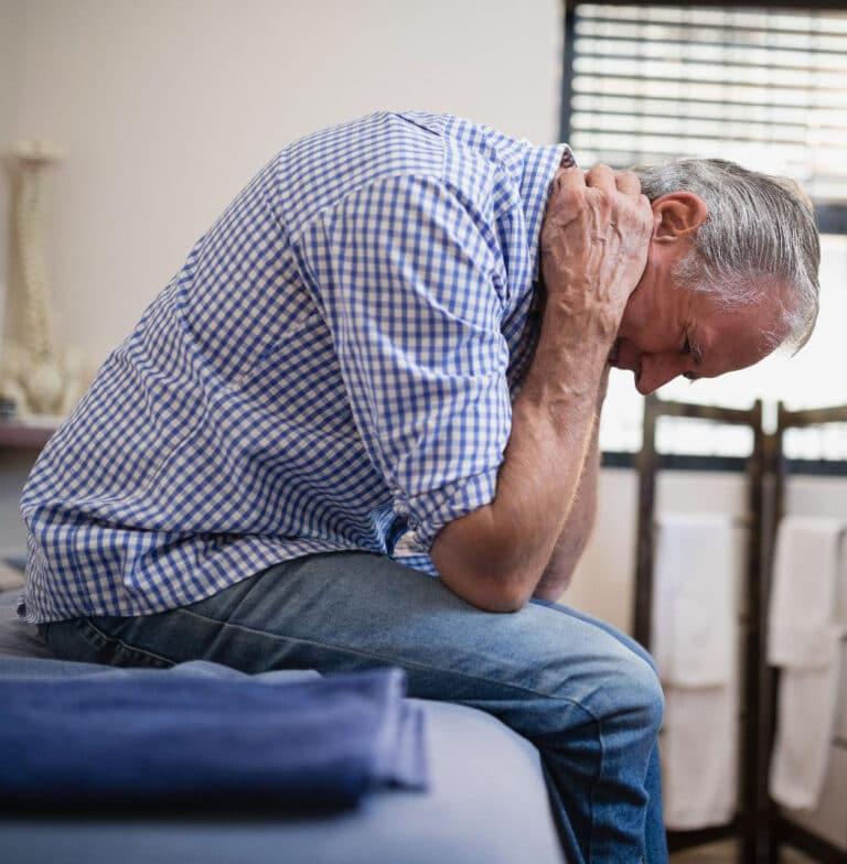 Nakkesmerter øvelser kan afhjælpe smerter i nakken.