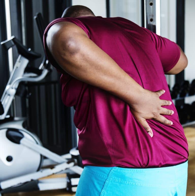 Ondt i ryggen øvelser giver smertelindring og forebygger spændinger i ryggen.