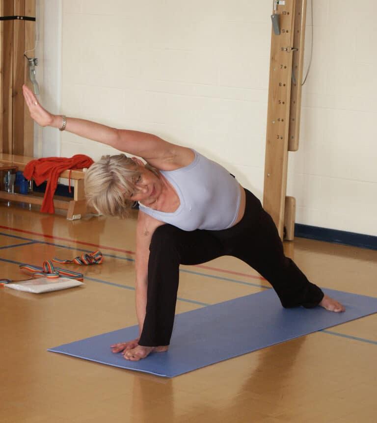 Øvelser til iskiassmerter giver smertelindring og styrke til ryggen.